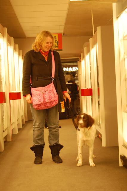 Jonge Hond centrum Emmen - 2012-04-01%2B014.JPG