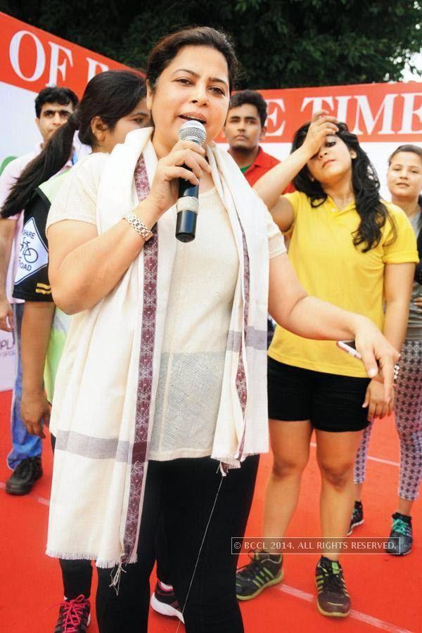 Meenakshi Lekhi during the Raahgiri Day, in Delhi.<br />