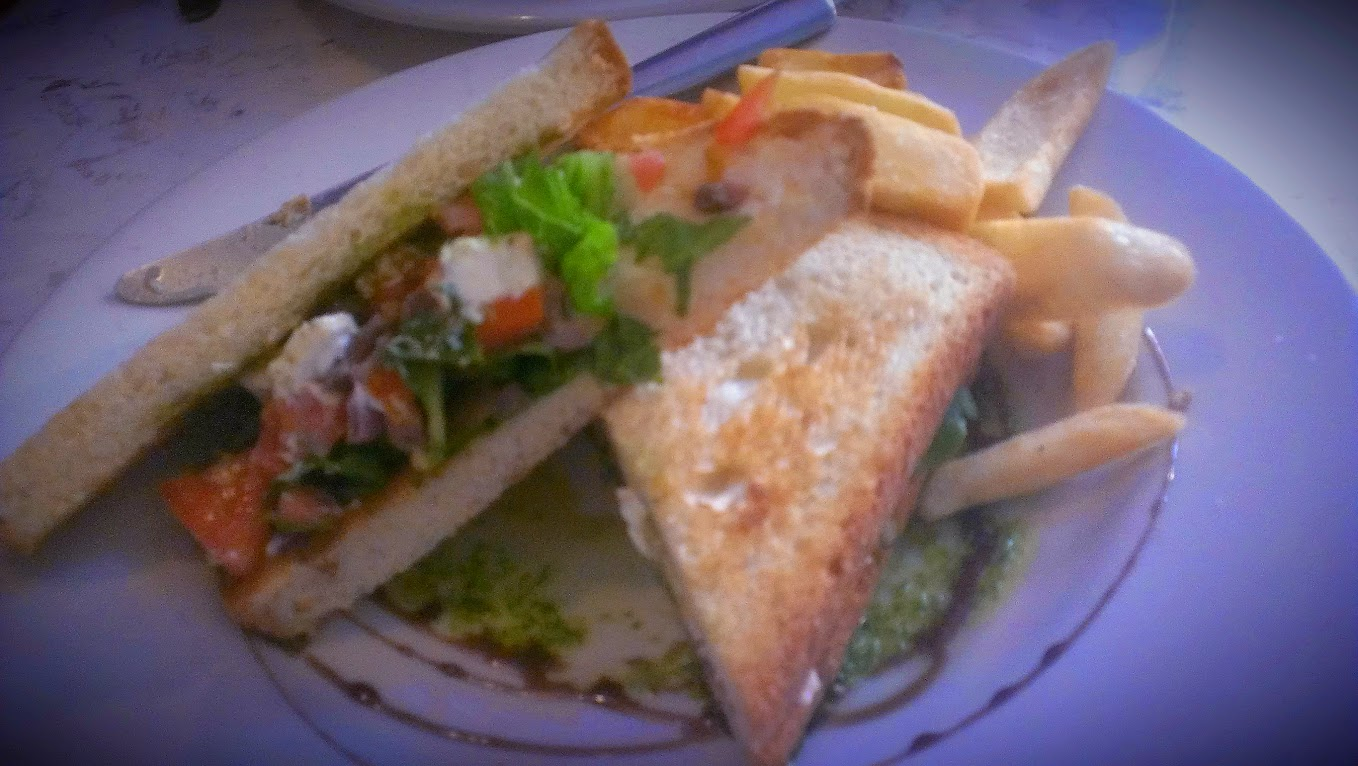 Farm House Garden Sandwich – Jack's London Grill