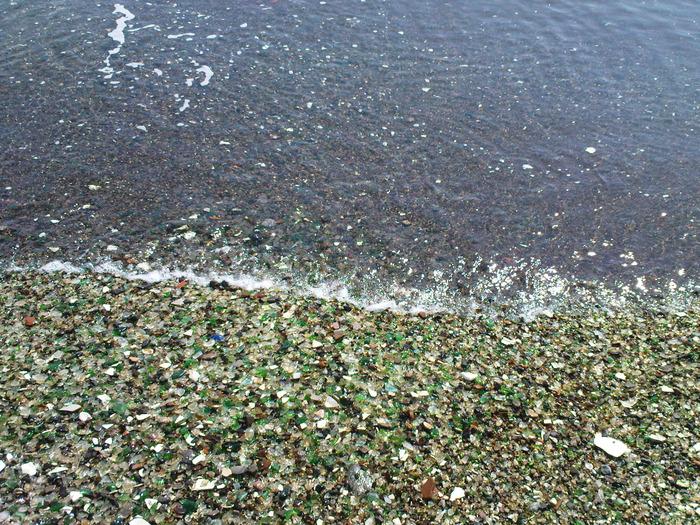Cтеклянный пляж - Форт-Брэгг, штат Калифорния, США.