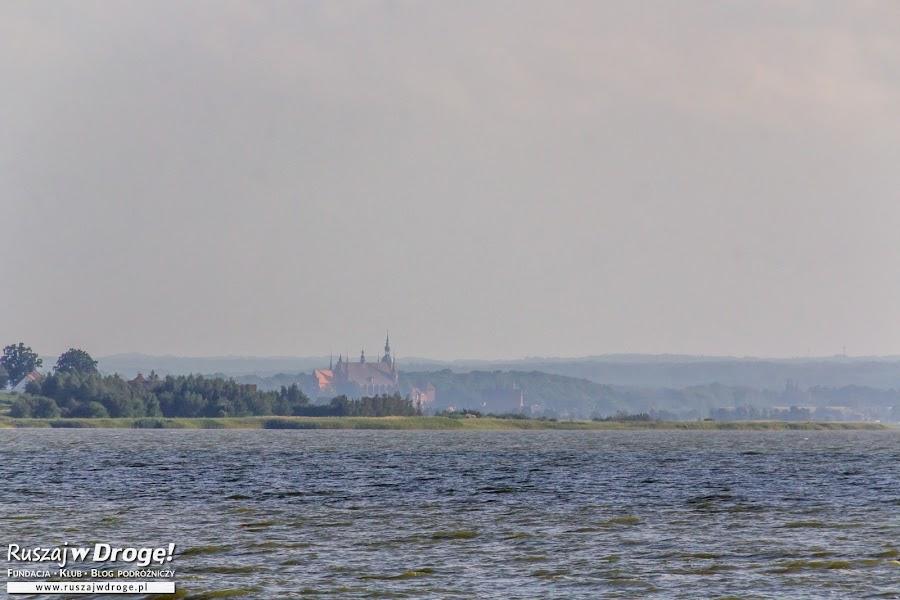 Katedra we Fromborku widziana z Ujścia Pasłeki