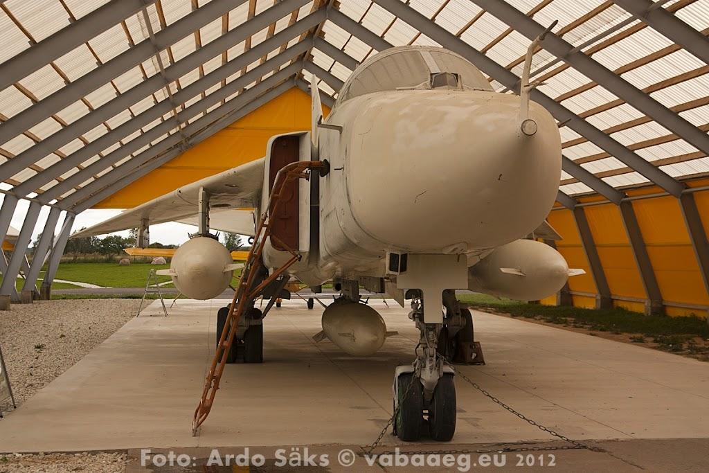 23.08.12 Eesti Lennundusmuuseumi eksponaadid 2012 - AS20120823LENNUK_070V.JPG
