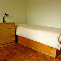 Room 12-bed