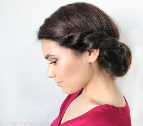 Latest Medium Hairstyle Summer 2018 For Women's 2