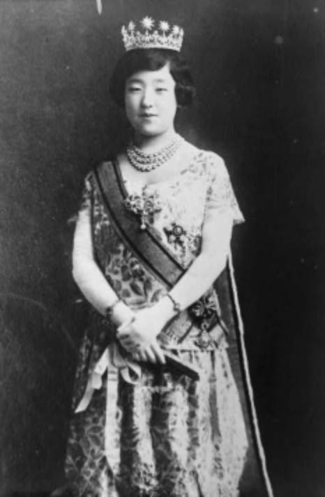 파일:external/upload.wikimedia.org/Empress-nagako-of-japan.jpg