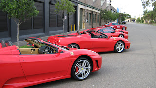 0020Prancing Horse Drive Day - Cars at the Start