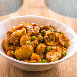 Mushroom Masala | Indian Mushroom Curry.