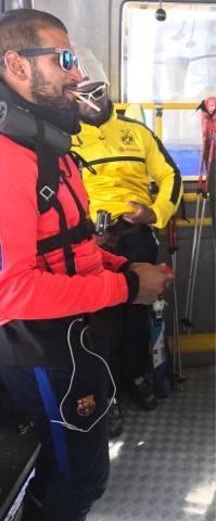 skier avec des ouaich ouaich