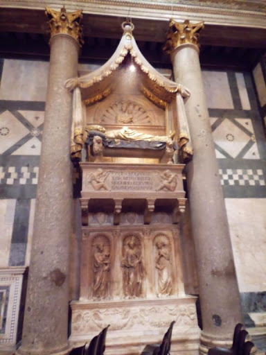 Tumba del Antipapa Juan XXIII