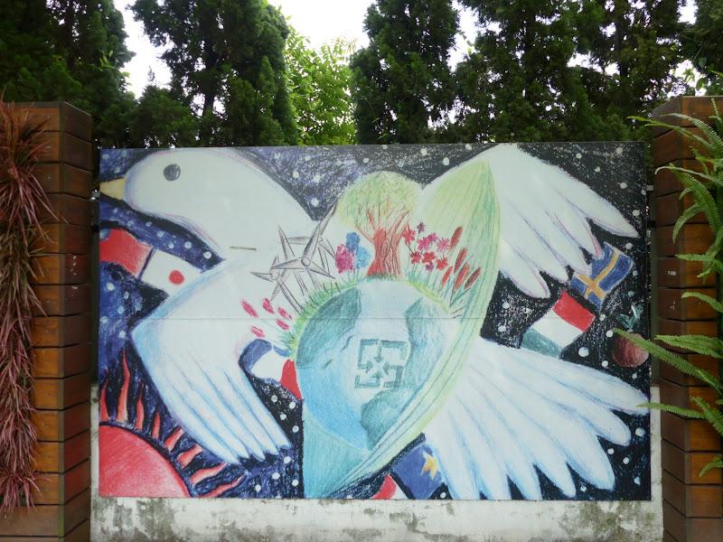 Taipei. Modélisme davions et Street art - P1250788.JPG
