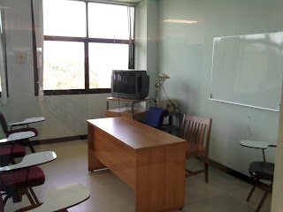 semester abroad big study room