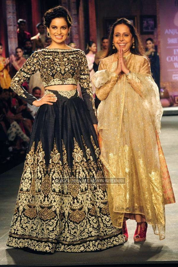 Kangana Ranaut walks the ramp with Anju Modi walks the ramp on Day 2 of India Couture Week, 2014, held at Taj Palace hotel, New Delhi.