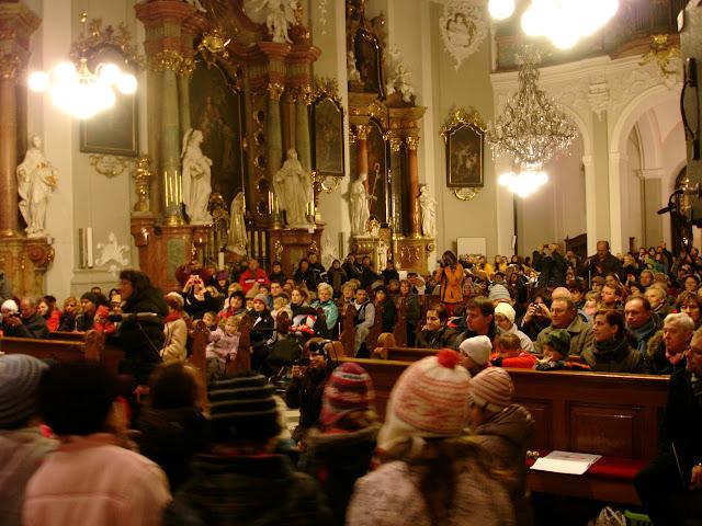 11.12.2012 Galakoncert v rámci 10. ročníku festivalu dětských pěveckých sborů - DSC06905.JPG
