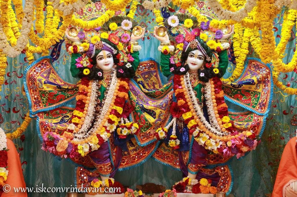 ISKCON Vrindavan Sringar Deity Darshan 28 Feb 2016 (9)