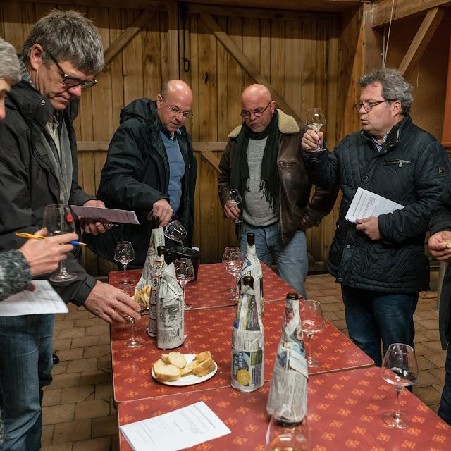 Dégustation des 2016 chardonnay et chenin sec et ... présentation de Freddy, le repreneur. guimbelot.com - 2017-11-18%2BD%25C3%25A9gustation%2Bdes%2B2016%2Bchardonay%2Bet%2Bchenin%2Bsec-105.jpg