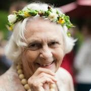 К чему снится покойная бабушка?