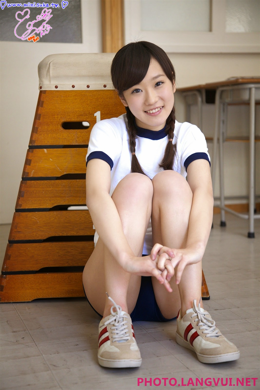 Minisuka kana 04032011 part2
