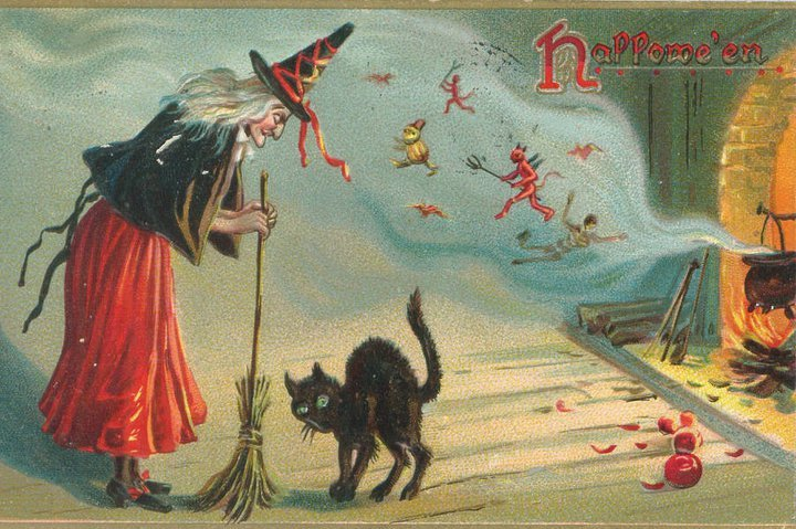 A Witch And A Black Cat, Mystic Cats