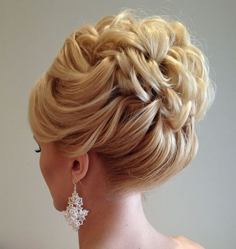 Wedding Updo Hairstyles 2018-2019 for Brides 2