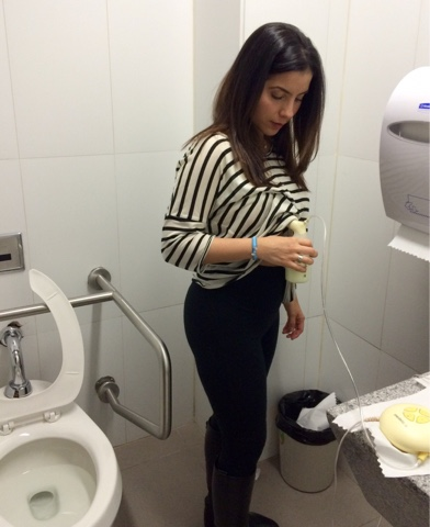 La odisea de extraerse leche materna durante la jornada laboral