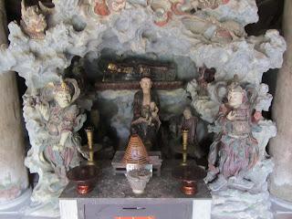 0041Ngo_Quyen_Temple