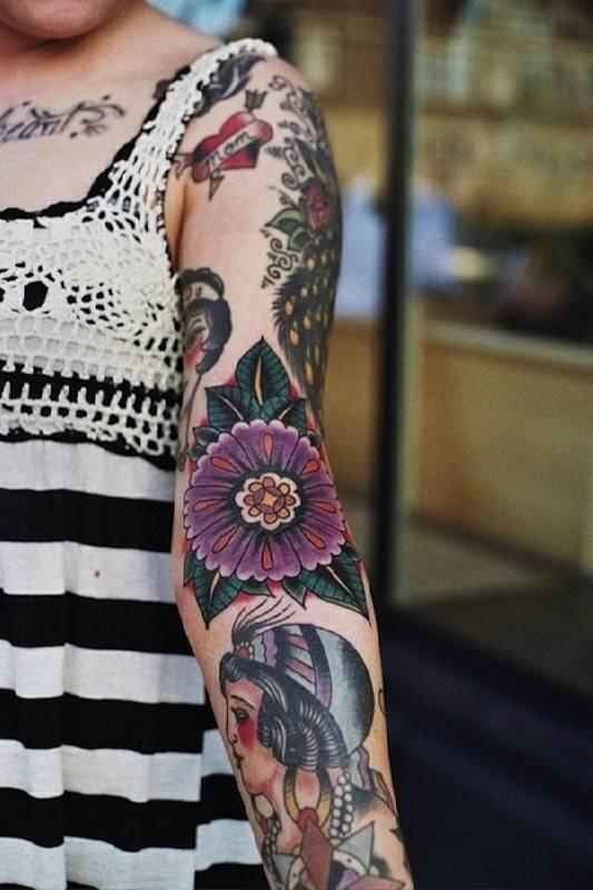 outro_coloridas_tattoo_design_que_expressa_o_amor_de_me
