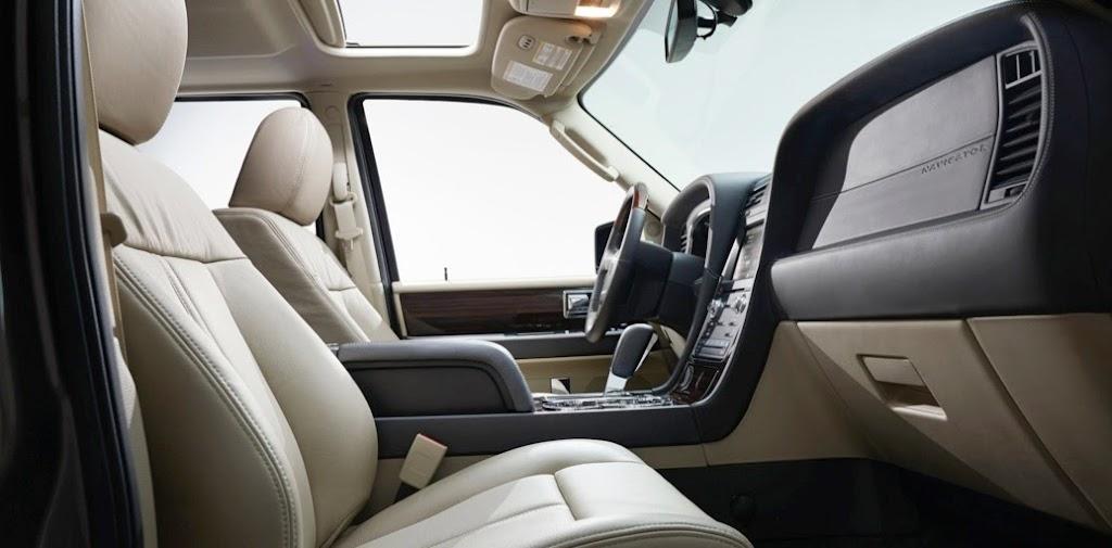 2015 Lincoln Navigator 20