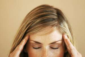 FOTI WANITA CANTIK KENA RADANG SELAPUT OTAK Obat Meningitis