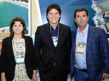 Aninha Costa Robinson e Ruy Gaspar