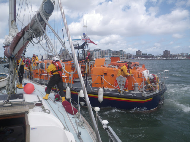 22 May 2011 – ALB preparing an alongside tow before taking yacht into Poole Quay Boat Haven