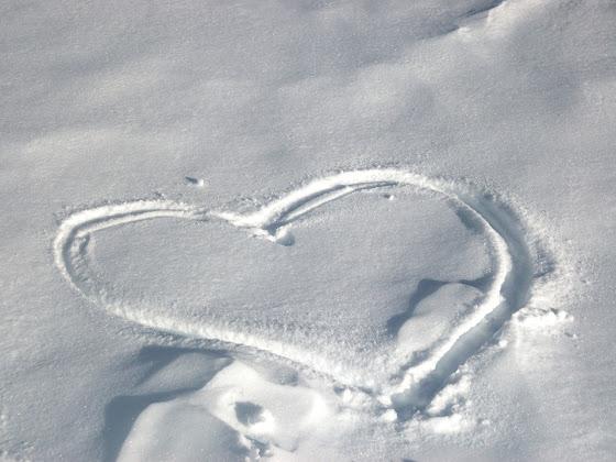 Valentinovo besplatne ljubavne slike čestitke pozadine za desktop 1280x960 free download Valentines day 14 veljača zima snijeg