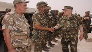 Gaïd Salah valorise les efforts des Unités de la 4e RM dans la sécurisation des frontières nationales