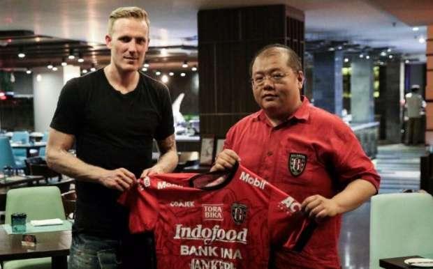 Foto Nick van der Velden Bali United Terbaru