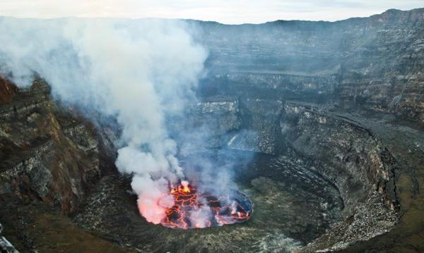 Mount-Nyiragongo-entre-os-vulcoes-ativos-mais-perigosos-do-mundo