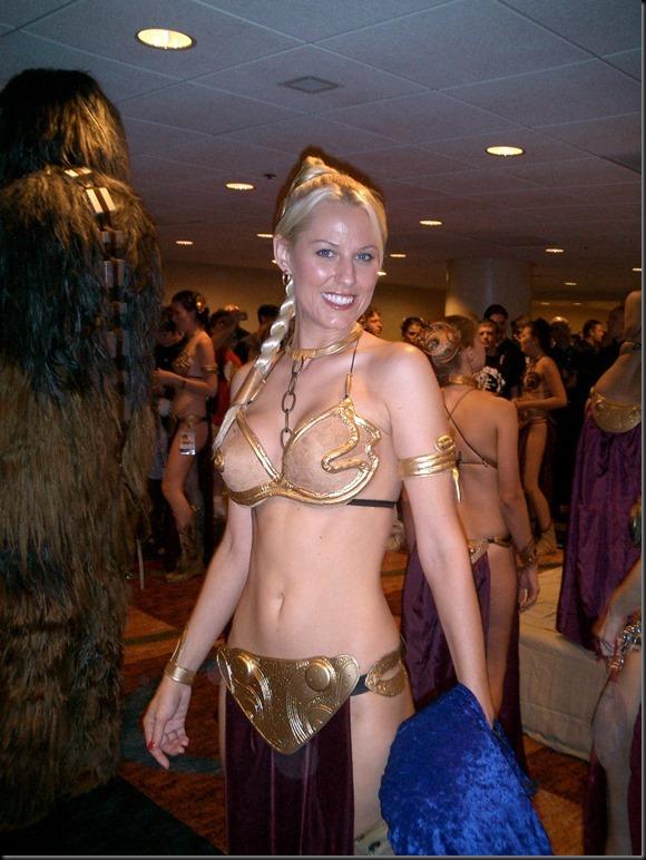 Princess Leia - Golden Bikini Cosplay_865825-0108
