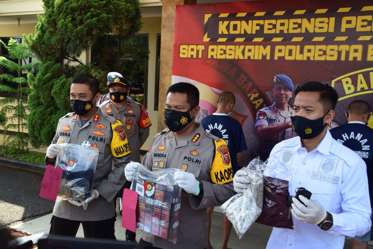 Dua Spesialis Pencurian Toko Berhasil Di Ringkus Polresta Bandung Polda Jabar