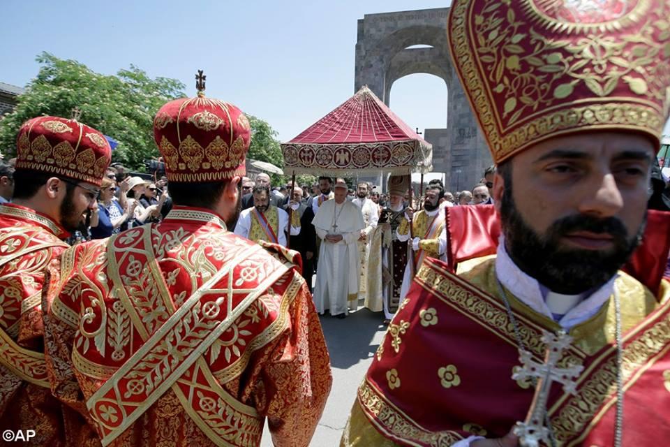 Boska Liturgia w Armenii, 26 czerwca 2016 - 13516637_1235215026490099_4325083460250725987_n.jpg