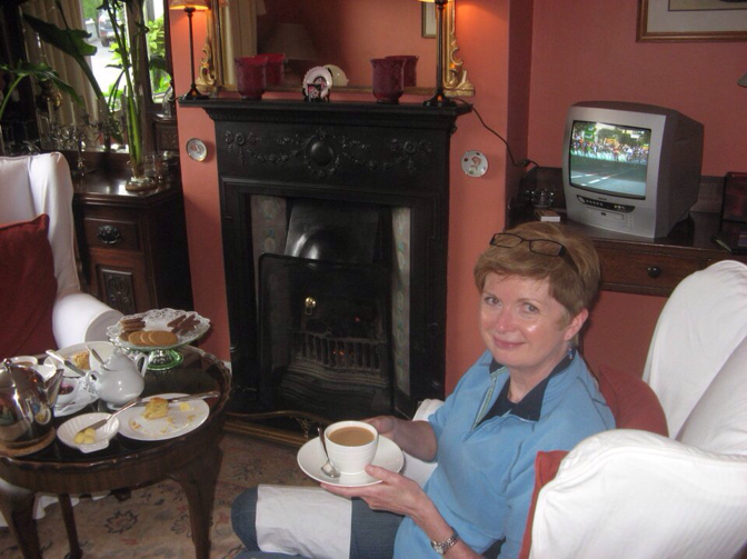 Tea and scones and a turf fire in Galway