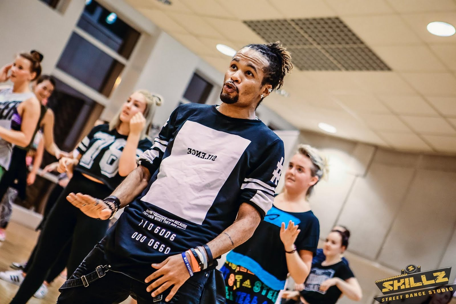 Dancehall workshop with Jiggy (France) - 27.jpg