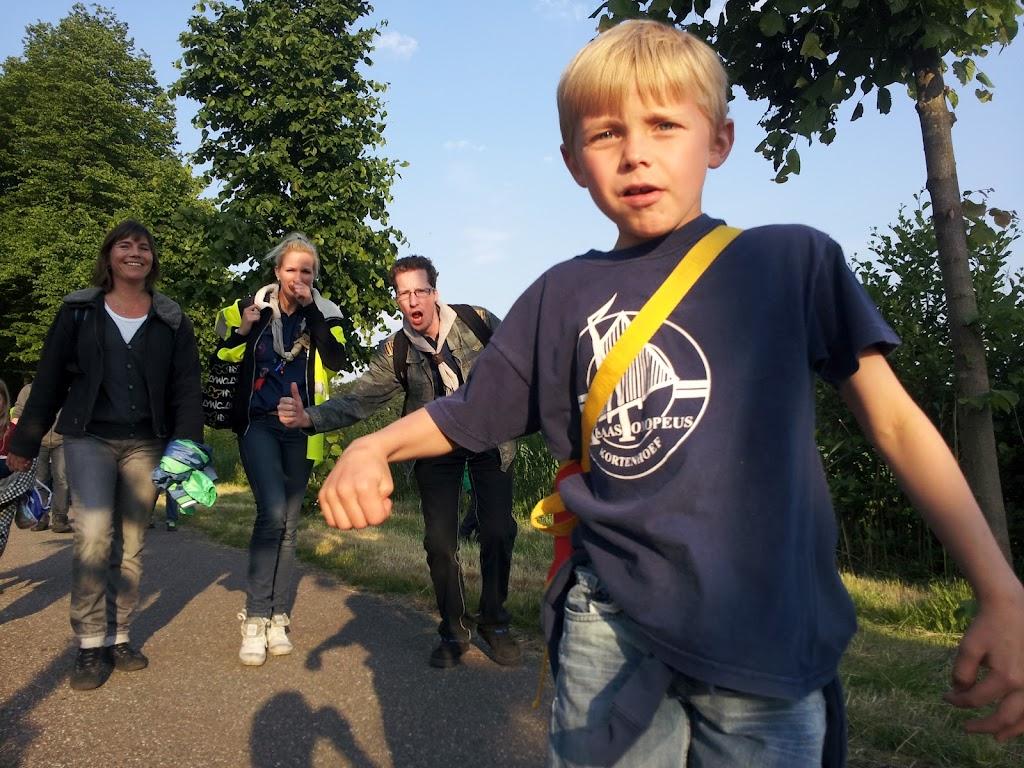 Avondvierdaagse 2012 - 20120605_194950.jpg