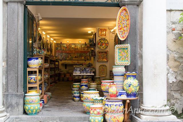 seramik dükkanı, Amalfi, İtalya