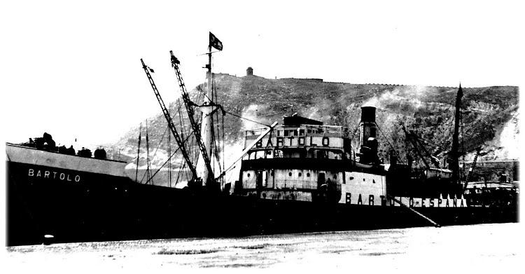 El vapor BARTOLO. Foto cotesia de Juan Miguel Laria, de la Asociación Vizcaina de Capitanes de la Marina Mercante..JPG