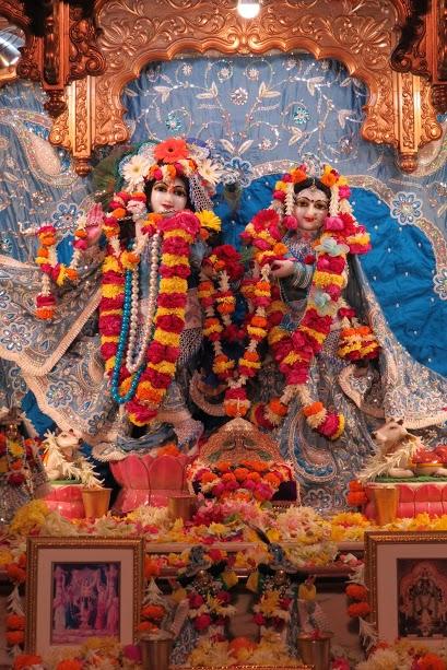 ISKCON Vallabh vidhyanagar Deity Darshan 18 jan 2017 (2)