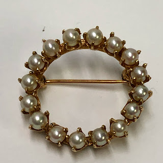 14 Kt. Gold & Pearl Wreath Brooch