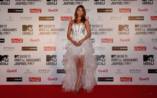 Karina on the red carpet | MTV Video music awards Japan 2012