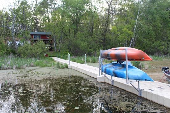 House dock kayaks