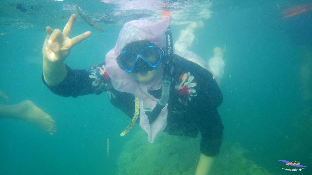 family trip pulau pari 090716 Pentax 21