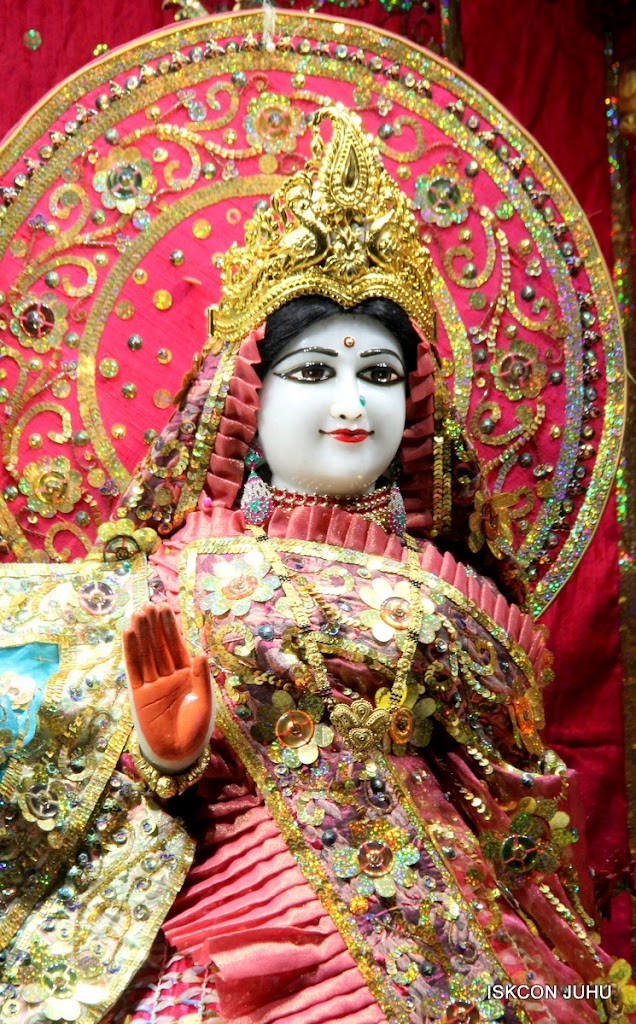 ISKCON Juhu Mangal Deity Darshan 11 Jan 2016  (27)