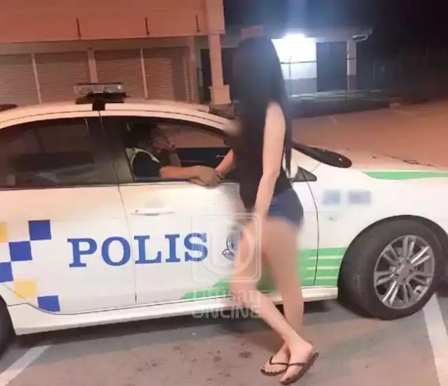 Anggota Polis Johor Pegang Tangan Pelacur Pulak Dah!
