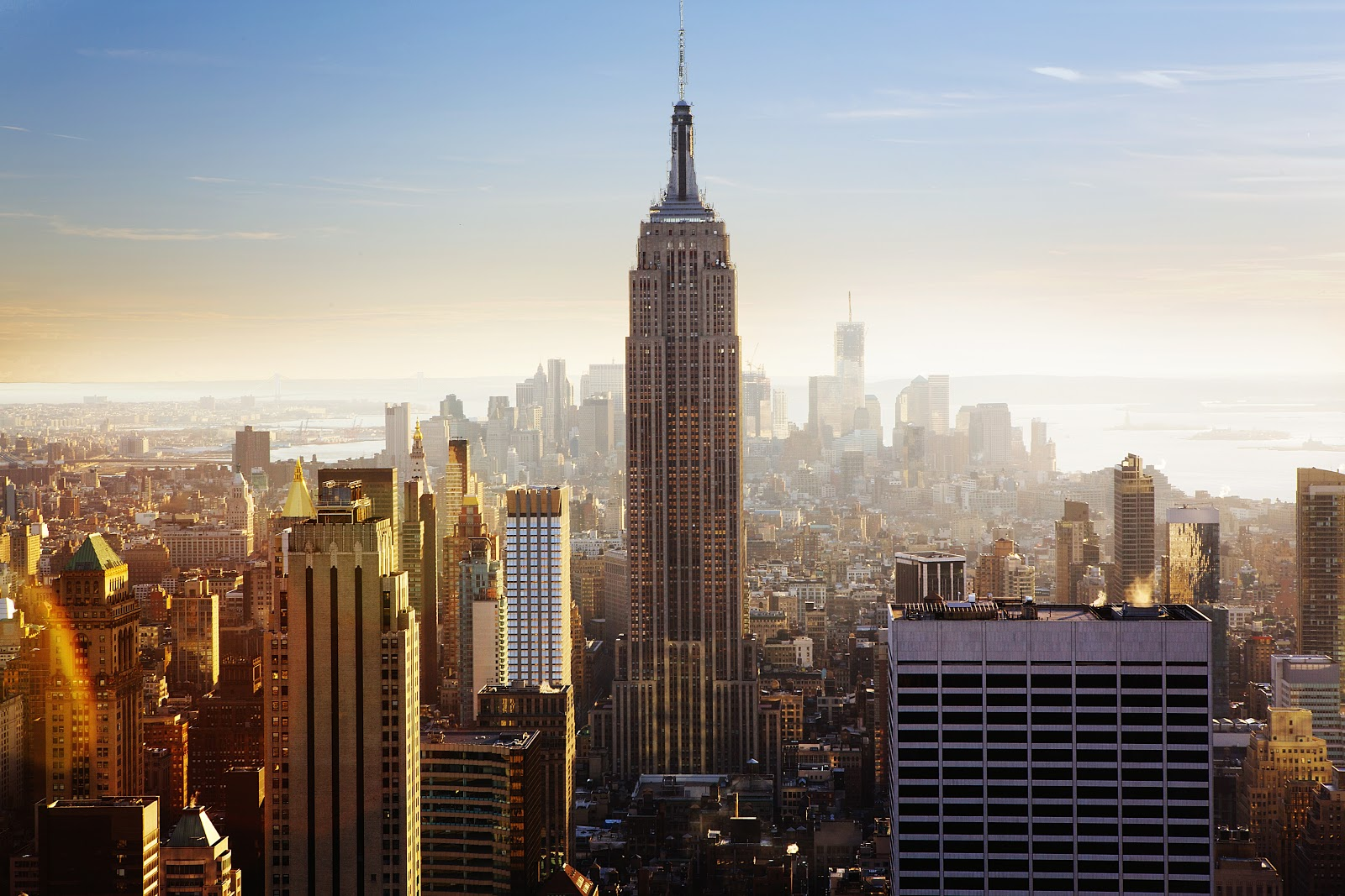 skyline of expensive city new york